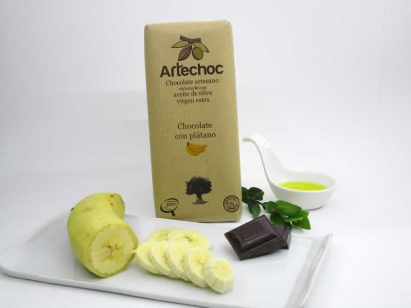 Chocolate artesano con aceite de oliva virgen extra (AOVE) y plátano. Sin gluten de Artechoc. Baeza