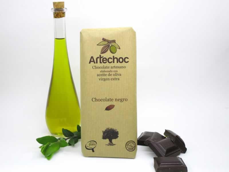 Tableta de chocolate negro artesano con aceite de oliva virgen extra (AOVE). Sin gluten. Artechoc. Baeza, Jaén