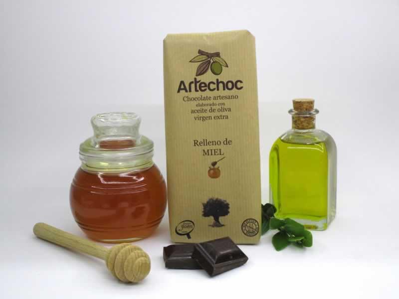 Chocolate artesano con aceite de oliva virgen extra (AOVE) relleno de crema de miel. Sin gluten. Artechoc